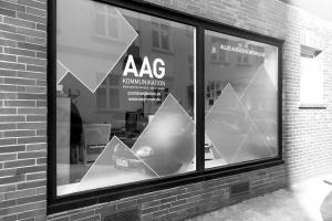 <strong>AAG KOMMUNIKATION / Adler Straße 63<span>44137 Dortmund</span></strong><i></i>
